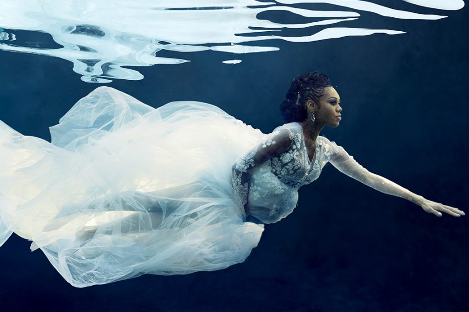 Underwater Maternity Photoshoot